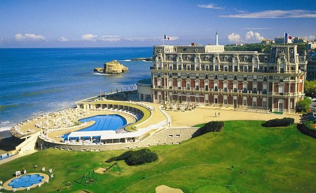 HOTEL_DU_PALAIS-e1385635033434