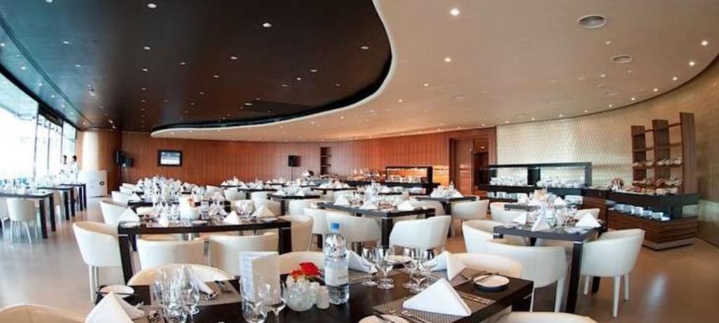Dubai Grandstand Suites